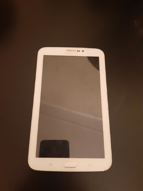 Samsung Tab 3 75 manat Unvan:Lokbatan
