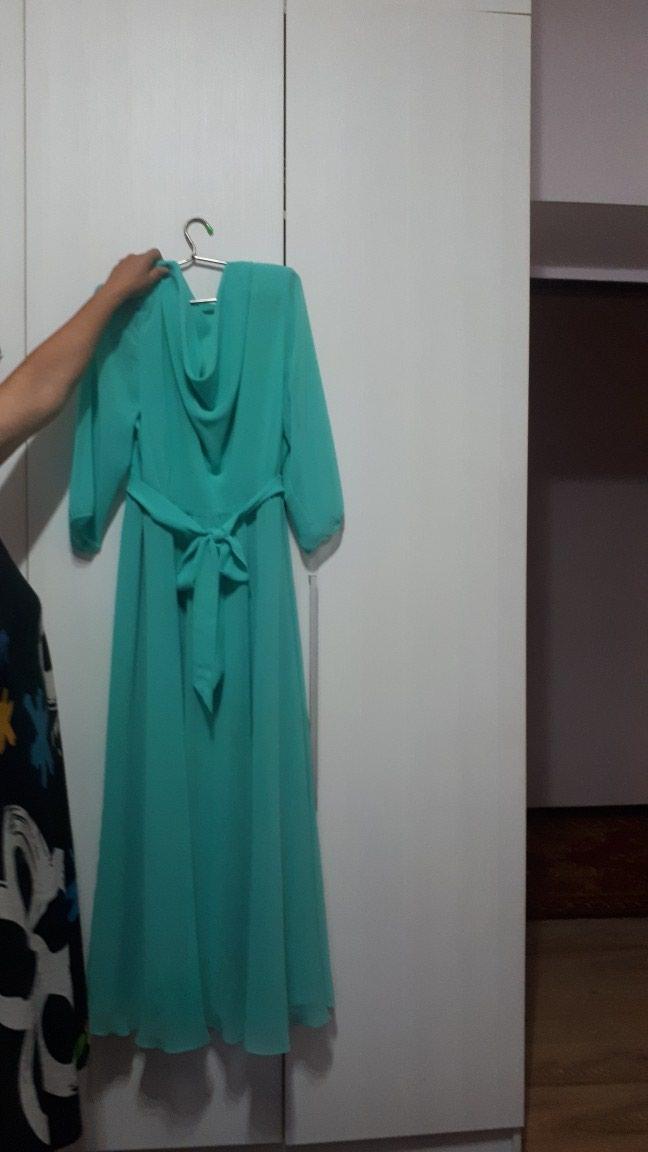 Продаю вечернее платье в идеальном состоянии размер 54. Photo 0
