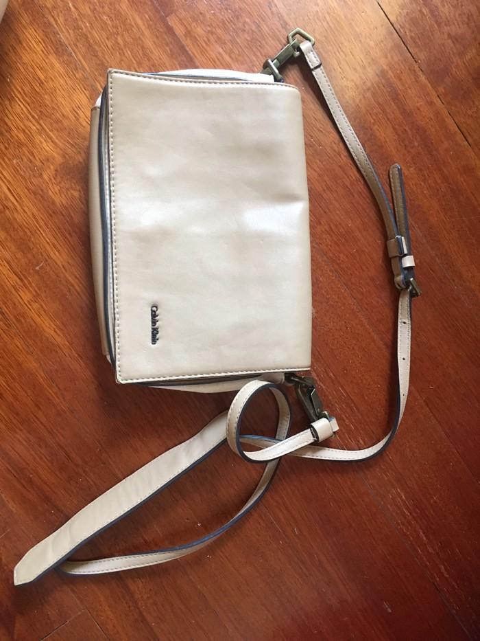 Τσάντα αυθεντική δερμάτινη Calvin Klein . Photo 0