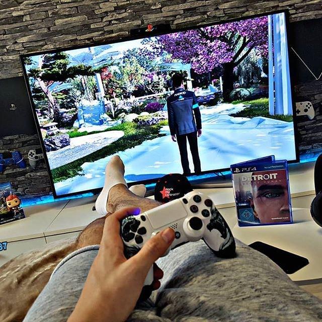 Sony PlayStation 4 pro 1Tb . Photo 1
