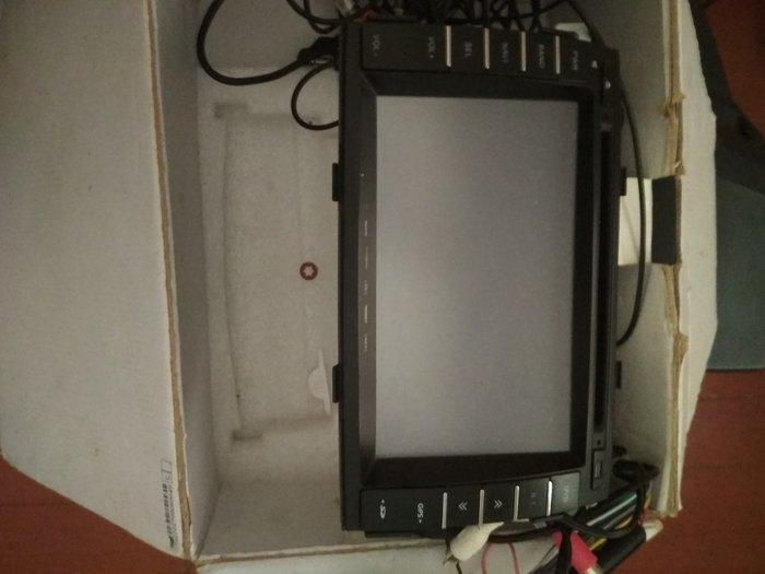 Kia Sorento 2009-2012 ucun DVD manitor, az islenib. Photo 0