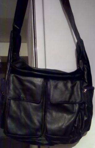 Τσάντες και πορτοφόλια αχρησιμοποίητα. Η τιμή για ένα τεμάχιο.. Photo 3