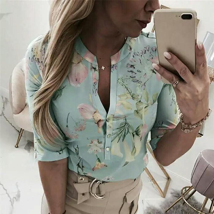 Блузки и рубашки. Photo 2