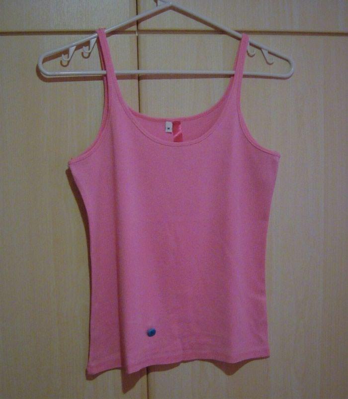 Μπλούζα και τοπ : Medium, αφόρετα **8€ και οι δυο** (κωδ. 141). Photo 2