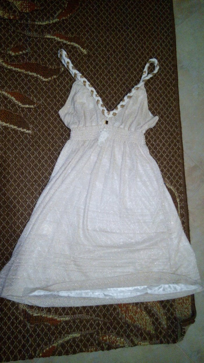 BSB φορεμα εκρου με χρυσες λεπτομερειες small. Photo 0