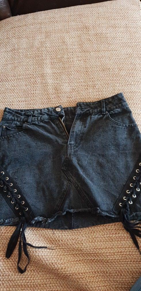 Top shop crna suknja,velicina M,nova. Photo 0