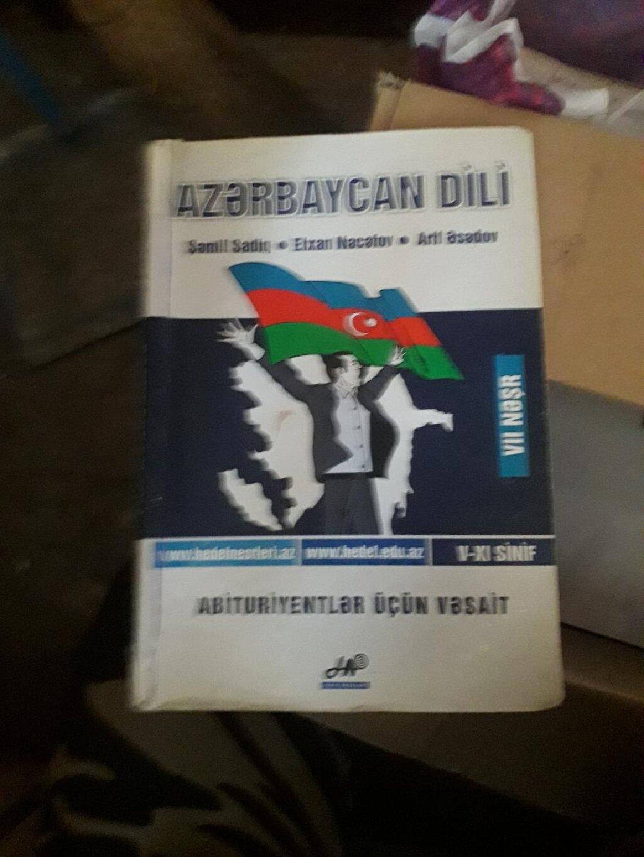 Azərbaycan dili Hədəf nəşrləri. Həm abituriyent həm bakalavrlar üçün