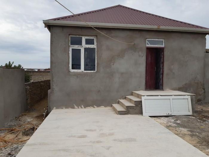Satış Evlər vasitəçidən: 80 kv. m., 3 otaqlı. Photo 0