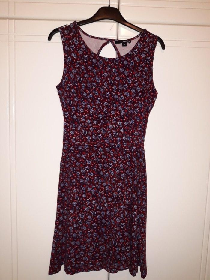 Φορεμα floral, νουμερο S/M με ανοιγμα στην πλατη. σε Αλμυρός