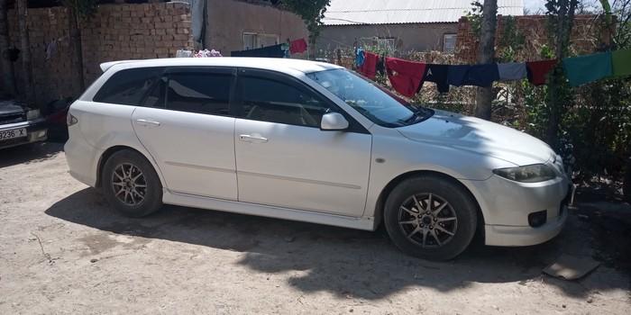 Mazda Atenza 2003. Photo 0