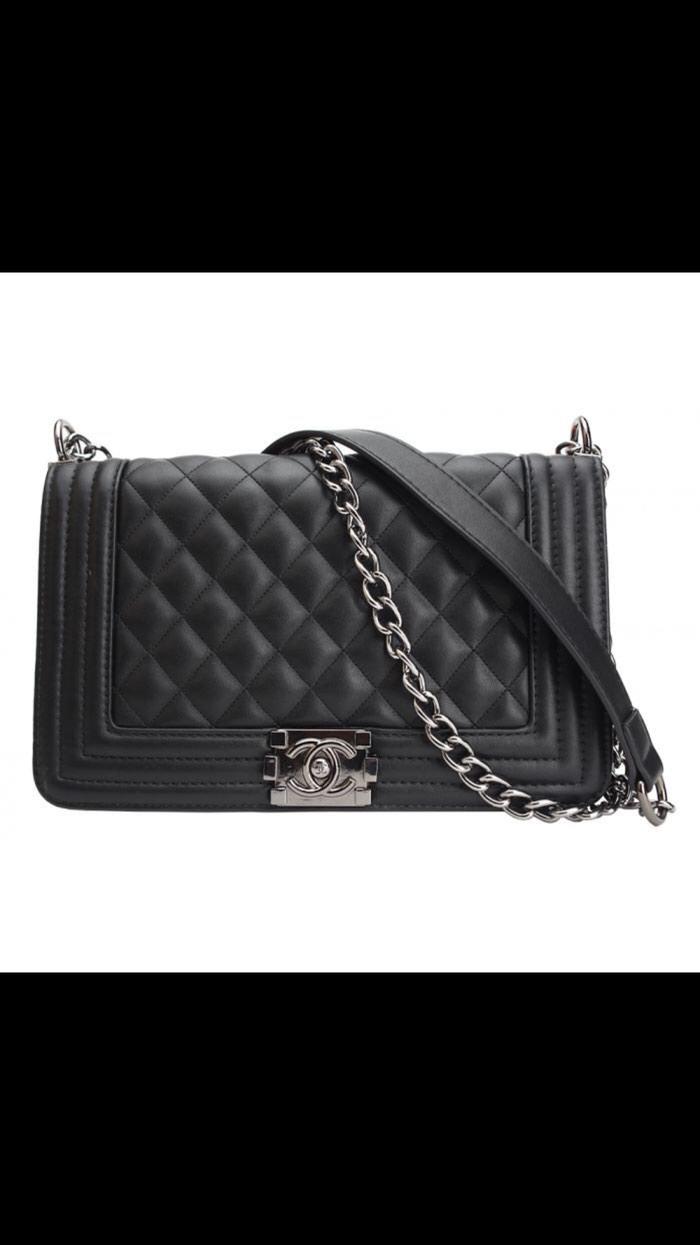 0cbd2072178f Продажа Черная сумка Chanel на цепочке за Договорная в Бишкеке ...