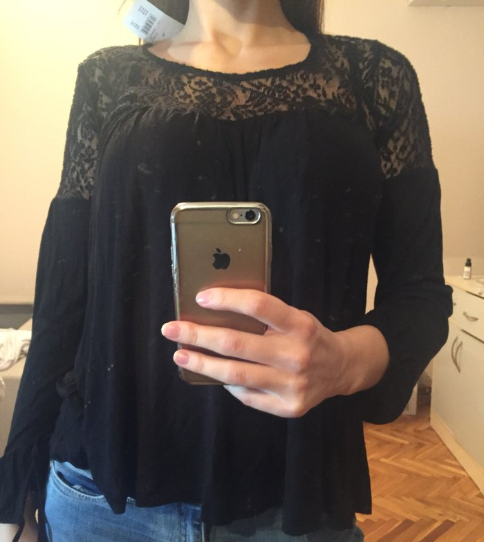 Nova crna bluza.. Photo 0