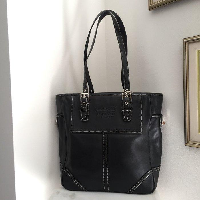 Coach New York Legacy μαύρη, δερμάτινη τσάντα. Photo 2