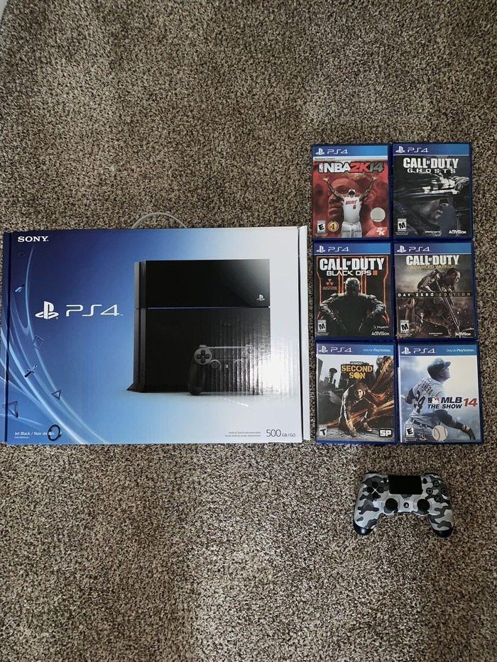 Sony PlayStation 4 κονσόλα PS4 Pro 1TB, δύο ελεγκτές. Photo 0