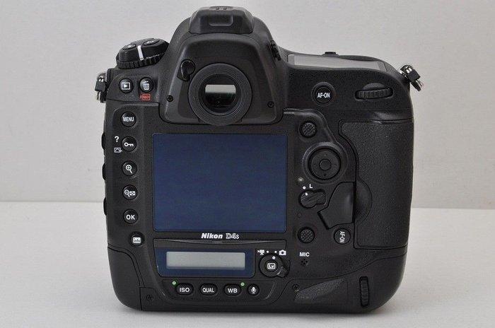Νέα ψηφιακή φωτογραφική μηχανή SLR Nikon. Photo 1