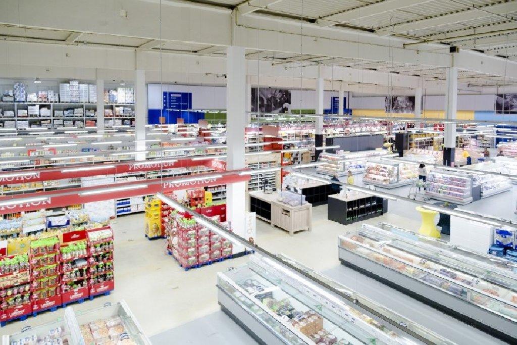 В супермаркет METRO в Германии требуется рабочий персонал