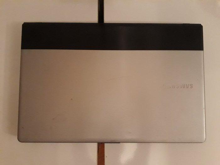 Bakı şəhərində Tecili pul lazimdi Model-NP300E7A