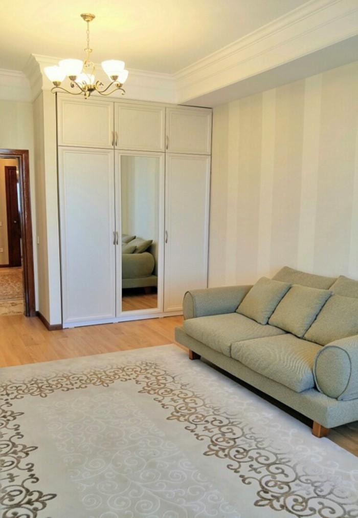 Сдается квартира: 4 комнаты, 159 кв. м., Бишкек. Photo 4