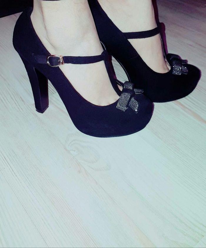 Женский обувь. Photo 1