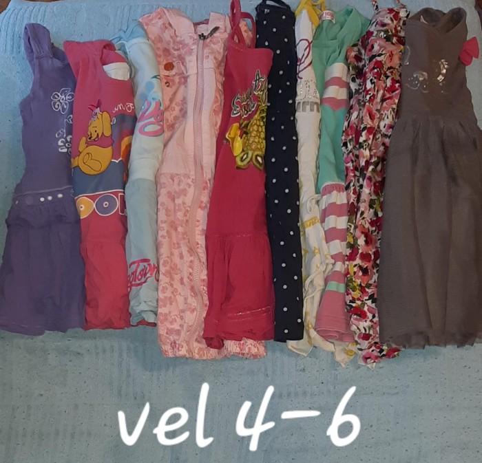 Dzak garderobe za devojcice uzrasta 4-6 god