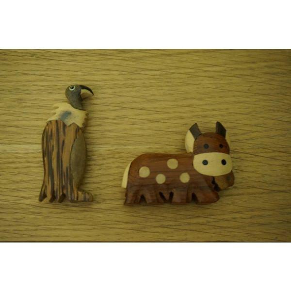 2 ξυλινα ζωακια σε Αθήνα