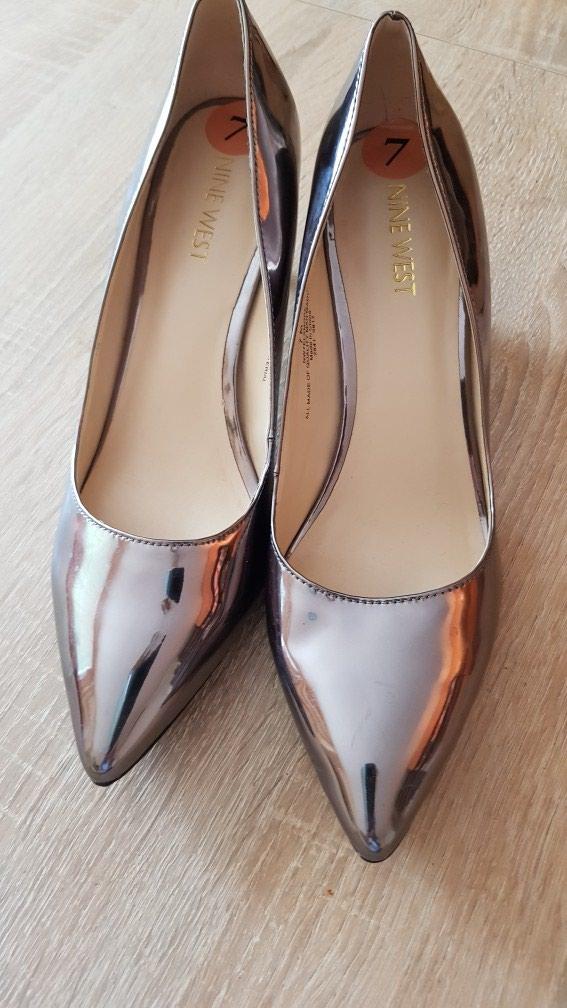 Nove Nine west cipele br 38, metalik, nenosene - Crvenka