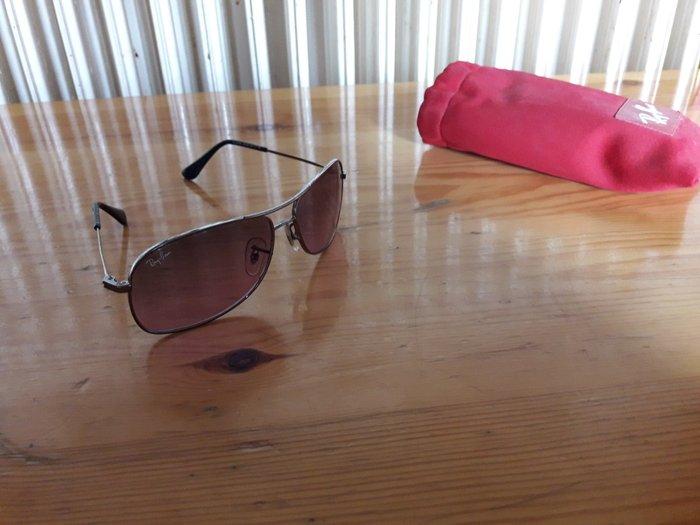 Γυαλιά ηλίου Ray-Ban . Photo 1