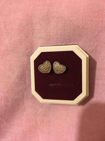 Srebrne mindjusice, u obliku srca, sa cirkoncicima. - Gornji Milanovac