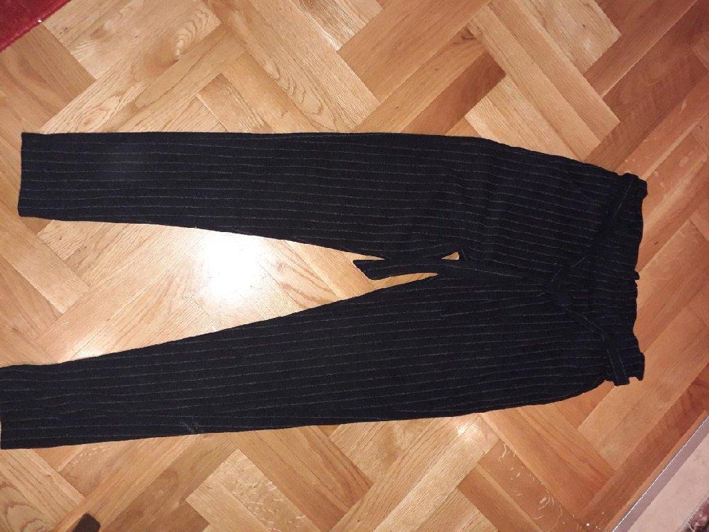 Nove pantalone, obucene jednom za neku priliku, velicina xl