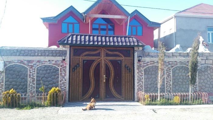 Satış Evlər : 170 kv. m., 6 otaqlı. Photo 2