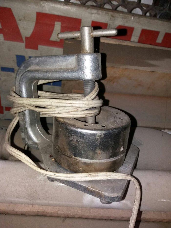 Продаю аппарат для клейки резины. все в комплекте в Бишкек