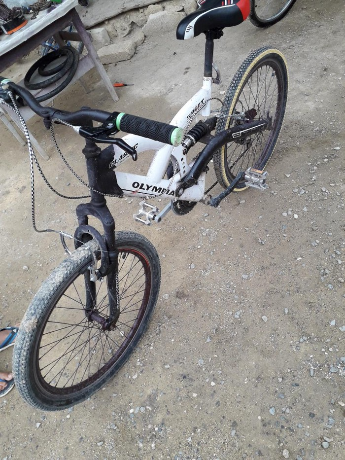 24 luk skorsnoy velosiped ideal veziyyetdedirhec bir xerc teleb etmir. Photo 1