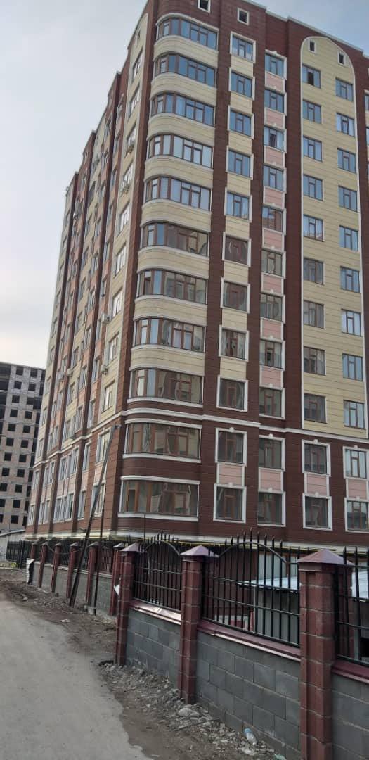 Продается квартира: 3 комнаты, 110 кв. м., Бишкек. Photo 0