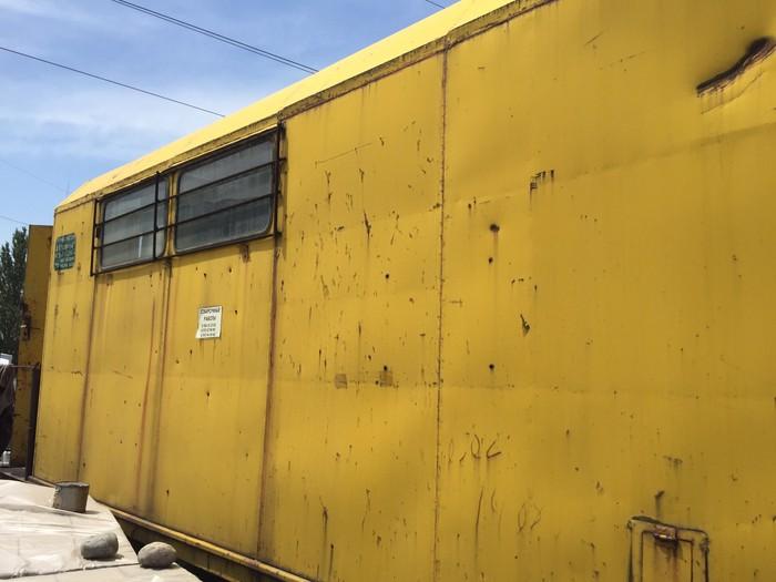 Строительная будка (вагон) на колесах. Photo 2