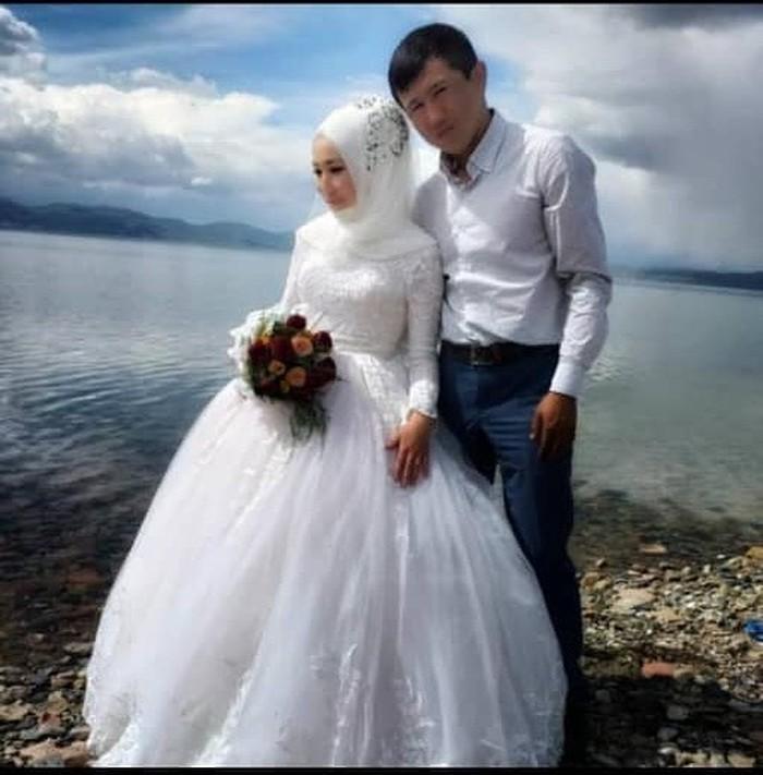 Свадебные платья в Бишкек: Свадебное платье на прокат