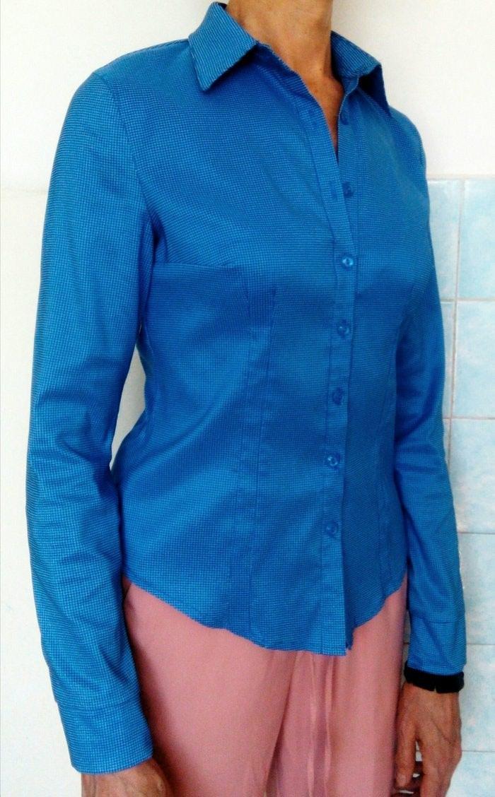 94902a1a624 Продам голубую рубашку в мелкую клетку за 300 KGS в Бишкеке  Рубашки ...