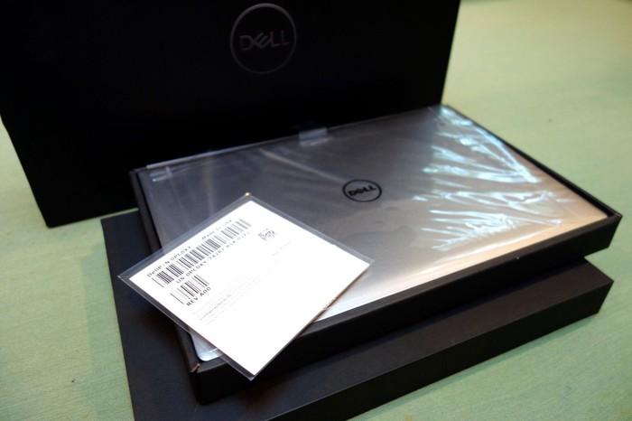 Φορητός υπολογιστής Dell XPS 15 9560-7002SLV-PUS - i7-7700HQ, 32GB σε Δελφοί