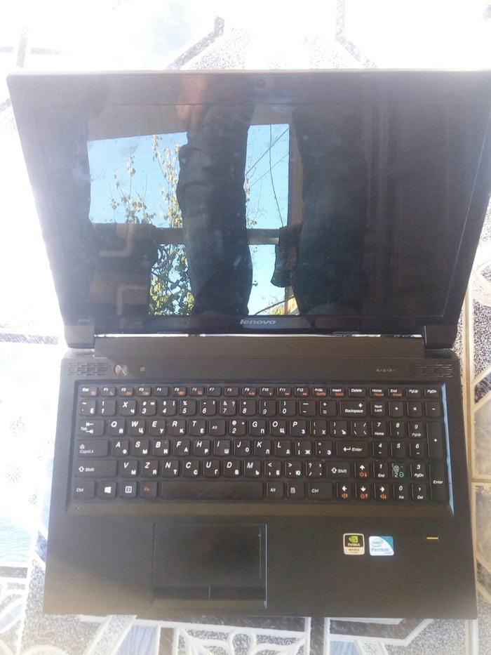Ноутбук и хороший состояние год 2015 нархш 2100 в Душанбе