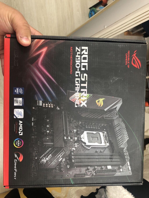 Продам материнку Z490 Asus RoG StriX G GamingПользовался 2 месяца . На: Продам материнку Z490 Asus RoG StriX G GamingПользовался 2 месяца . На
