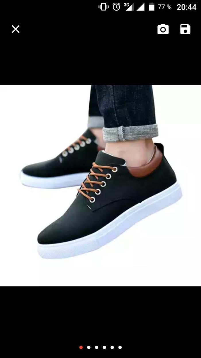 Ботинки для мужчинов. Photo 0