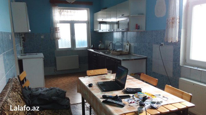 Satış Evlər : 90 kv. m., 3 otaqlı. Photo 2