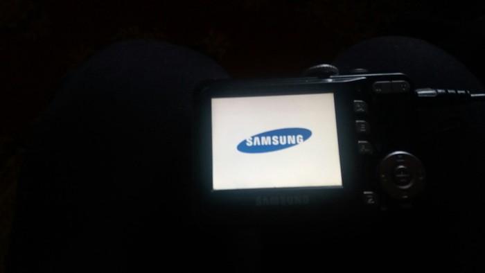Prodajem parat radi  marka samsug s760,7.2mega pixels. Photo 4