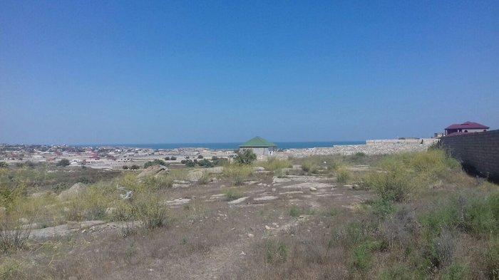 Bakı şəhərində Sabunchu rayonu, bilgeh qesebesinde; tecili, deyerinden chox ucuza,