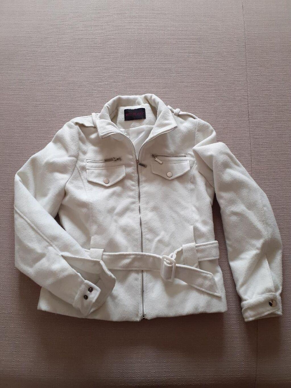 •pogledajte i ostale moje oglase   Štofani kaputić Nema oštećenja