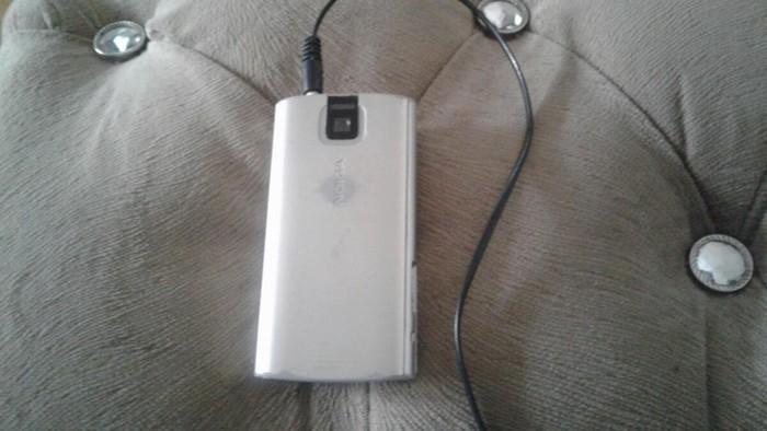 Nokia X3 satılır. USB və adaptoru var. . Photo 1