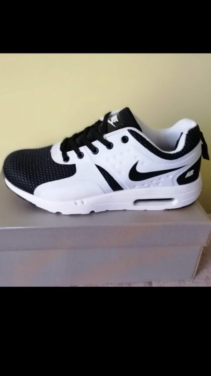 low priced 42559 a9571 Nike Air Max Zero br.43