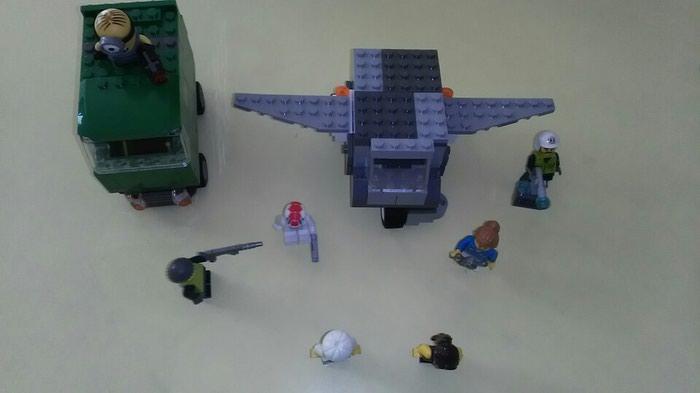 7 χαρακτήρες lego και 2 οχήματα lego (ένα. Photo 1