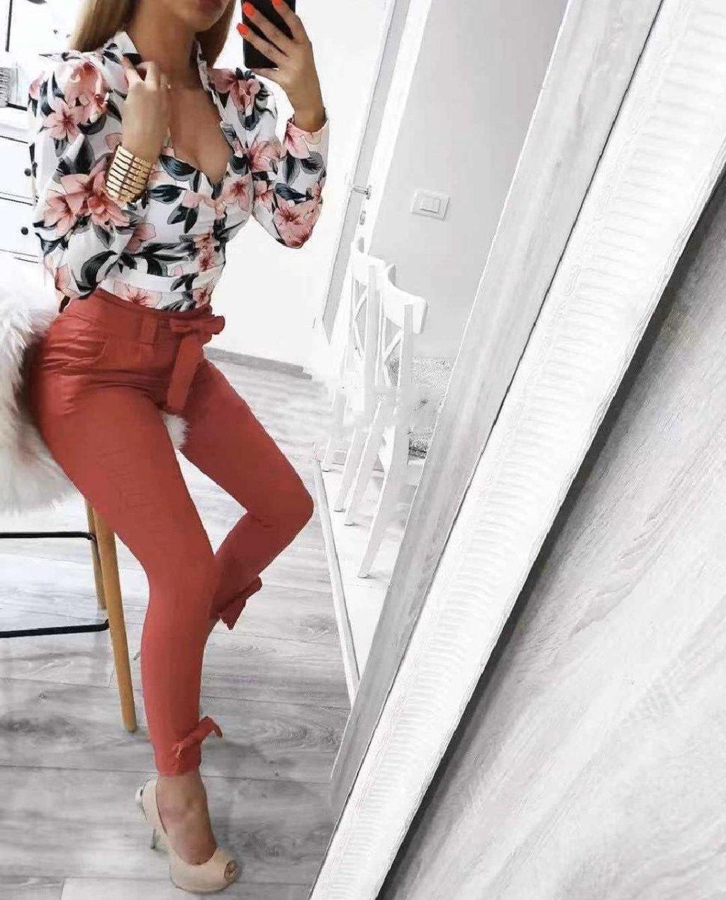 Pantalone  Dostupne u vise boja