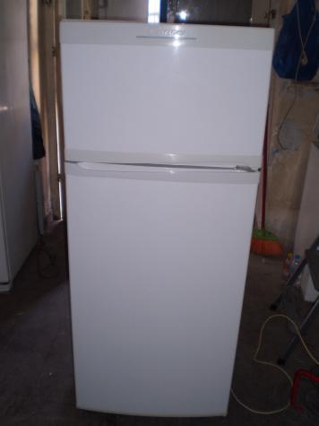 Μεταχειρισμένο Δύο θάλαμο άσπρο refrigerator Candy