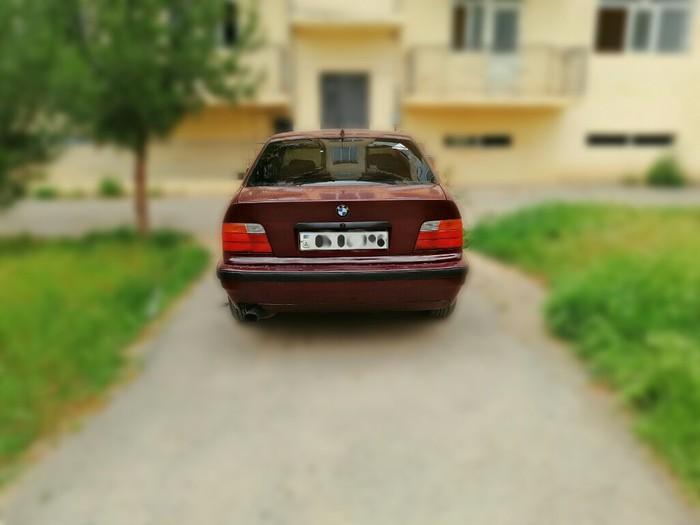 BMW 318 1992. Photo 2